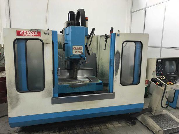 Fresadora CNC KONDIA B-700