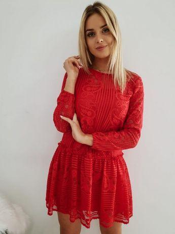 Czerwona sukienka koronka xs