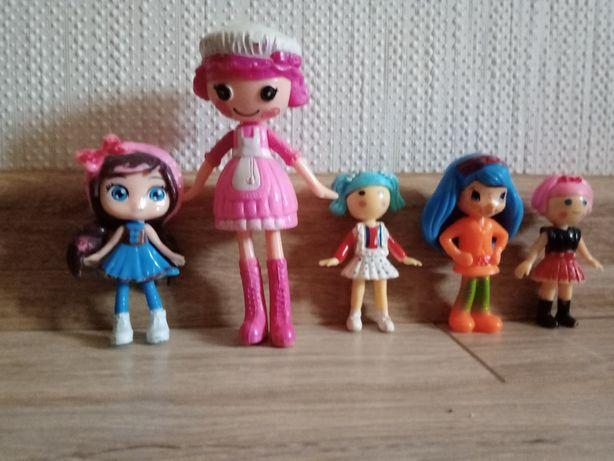 Фігурки.  лялечок