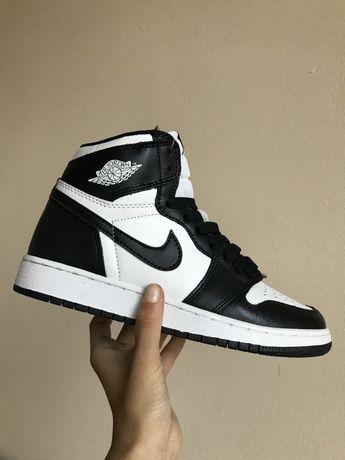 Кожа! Найк Аир Еір Джордан чорно-білі Nike Air Jordan 37 38 39 розмір