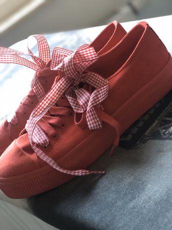 Czerwone trampki tenisówki kokardy sneakersy wstążki jak nowe 38
