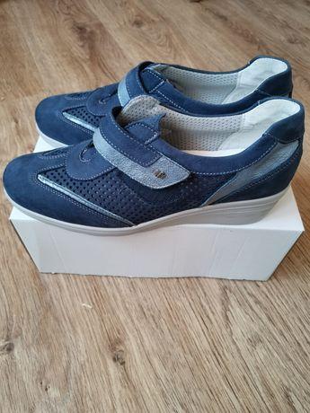 Нове італійське взуття, Floranse, натуральна шкіра.