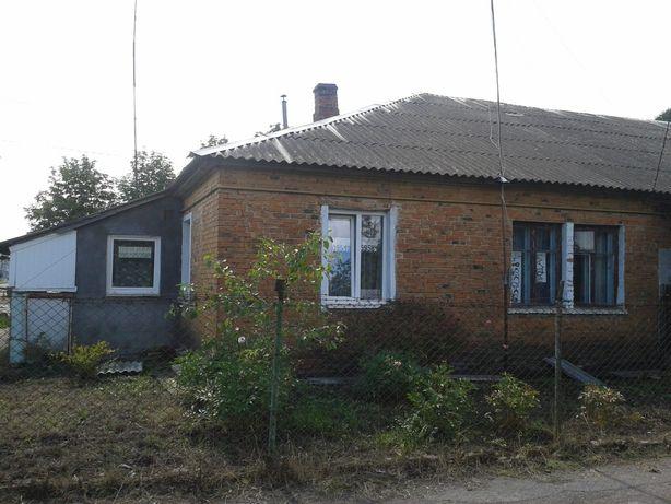 Продам 2-х кімнатну квартиру 43 кв. м, в бараці, смт. Жвирка