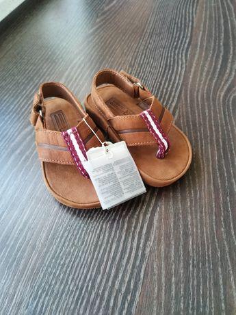 Sandałki Zara skóra japonki nowe