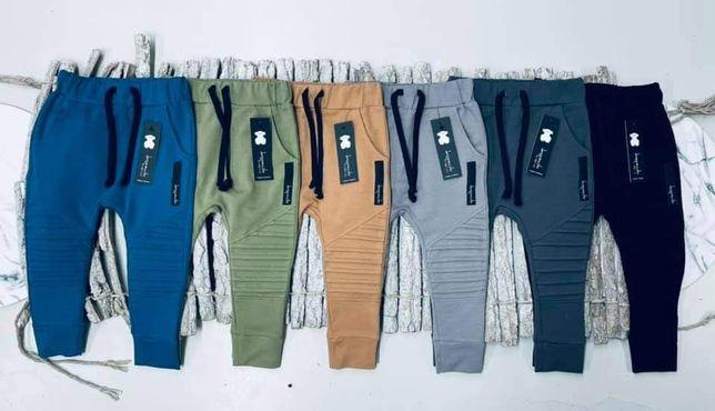 Nowa kolekcja Spodnie despacito  92 98,104 110,116 122,128,132
