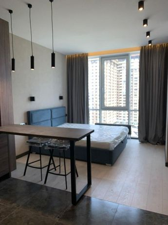 Продам видова смарт квартира студія 33 кв.м., ЖК Smart Plaza Obolon.