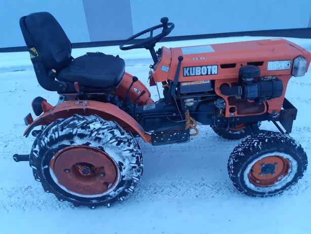 Traktorek Ogrodowy Komunalny Kubota B5100E oryginalny idealny stan