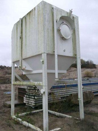 Silos transportowy hakowy np. do zapraw cementu silosy