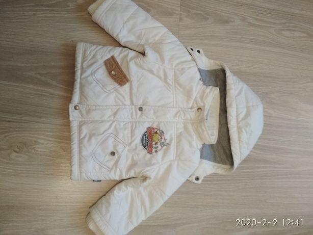 Демисезонная курточка на 1 год.
