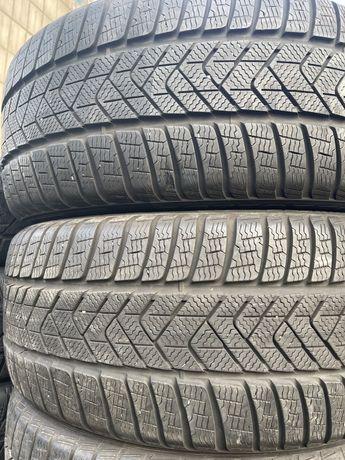 285/35/20,, 255/40/20,,,285/35/20 Pirelli