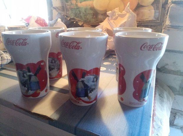 6 чашек Coca-Cola