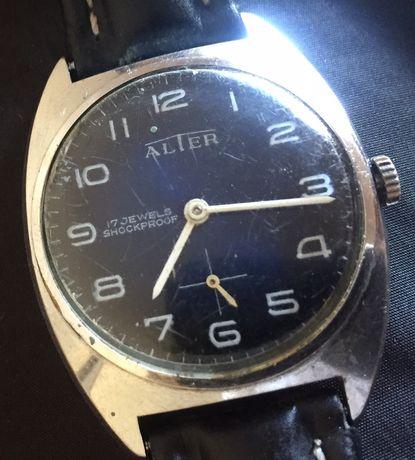 Relógio mecânico, Alter.