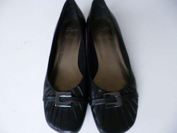 Czarne buty Clarks na niskim obcasie rozm.4.5 -37 -24