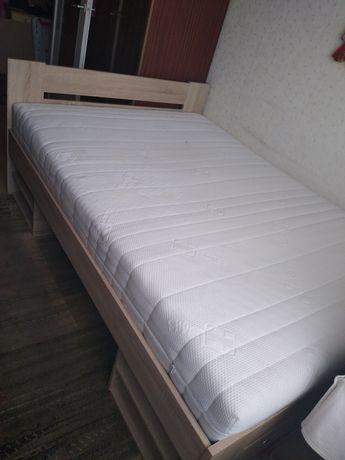Łóżko sypialniane z szufladami