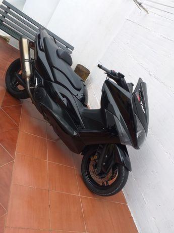 Yamahaa tmax 500