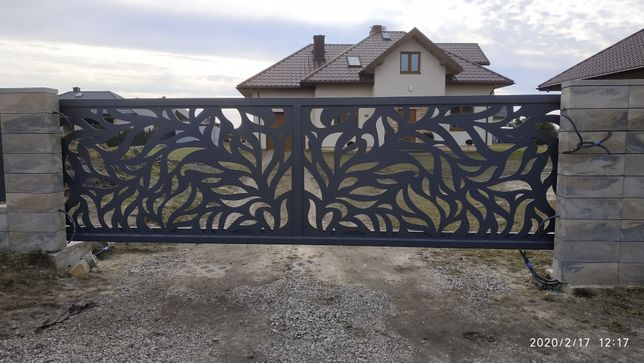 Ogrodzenie, nowoczesne przęsła, brama przesuwna, montaż ogrodzeń