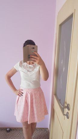 Rozkloszowana elegancka spódnica