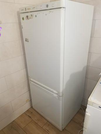 Холодильник siemens Виробник Німеччина
