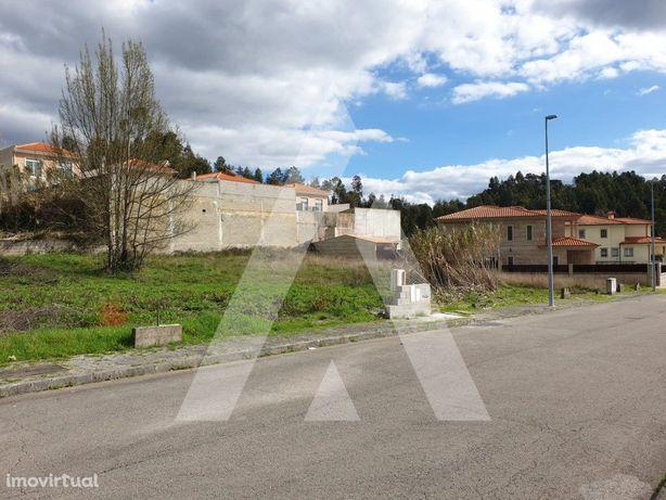Lote de terreno para moradia isolada em Oliveira do Bairro