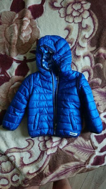 Легкая осення куртка