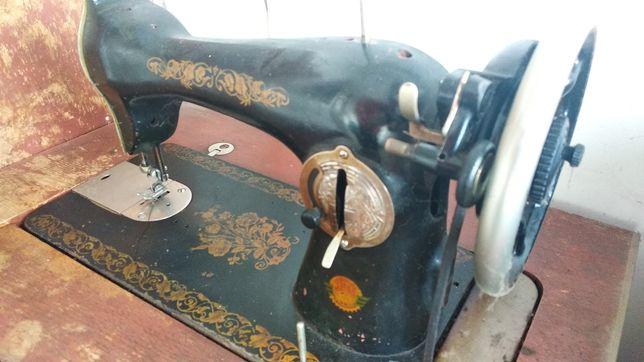 Швейная машинка JIMS