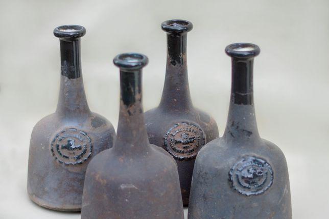 Винтажные бутылки.