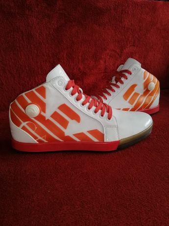 Reebok x Emporio Armani Instapump  Guess Burberry Nike New balance