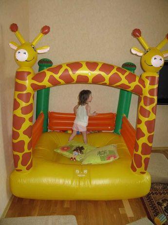 Продам детский надувной батут Royalbeach 1600 х 1600 х 2000