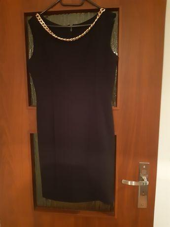 Sprzedam sukienkę czarną rozm L
