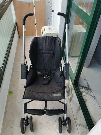 Fantástico carrinho de bebé Maxi Táxi ( Maxi Cosi