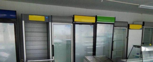 Холодильные шкафы, одинарные витрины, от разных производителей, б\у.