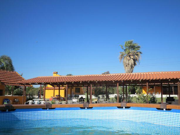 Aluguer espaço de lazer com piscina para festas