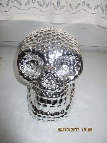 czaszka dekoracyjna