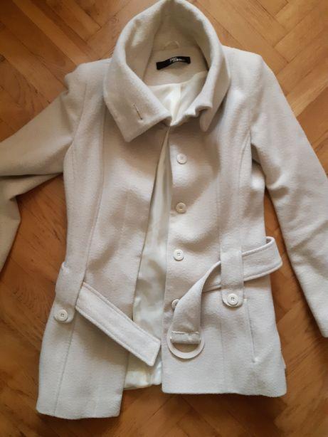 Płaszcz kremowy roz 38 jane norman