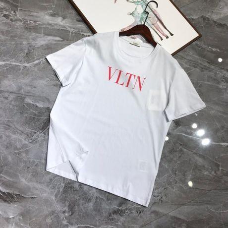 T-shirt valentino