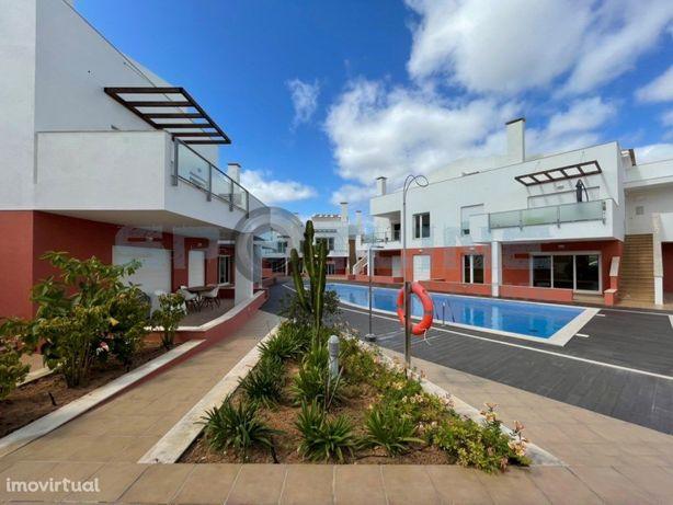 Apartamento T2 com 3 varandas | Burgau, Lagos
