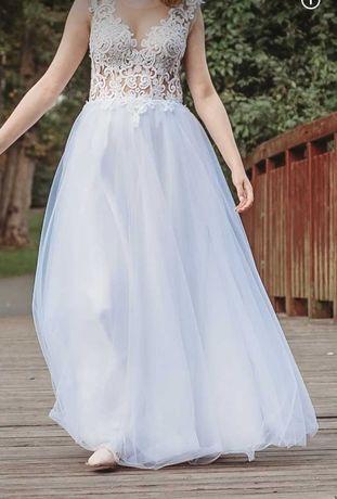 Suknia ślubna koronka tiul