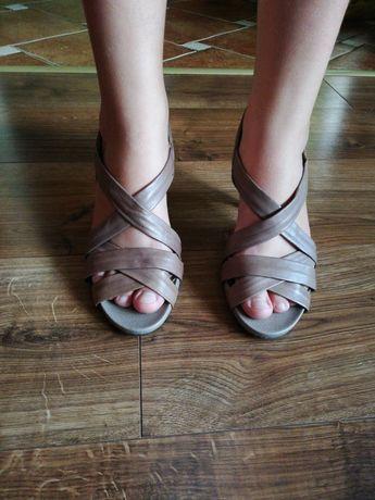 Sandały Gino Rosi
