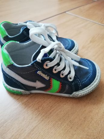 Buty dla chłopca nr. 20
