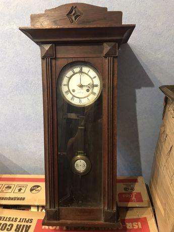Продам часы Король Парижа