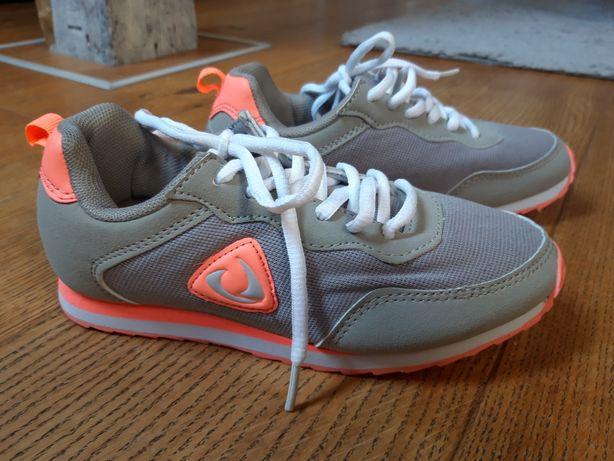 Nowe buty sportowe dziewczęce r. 33