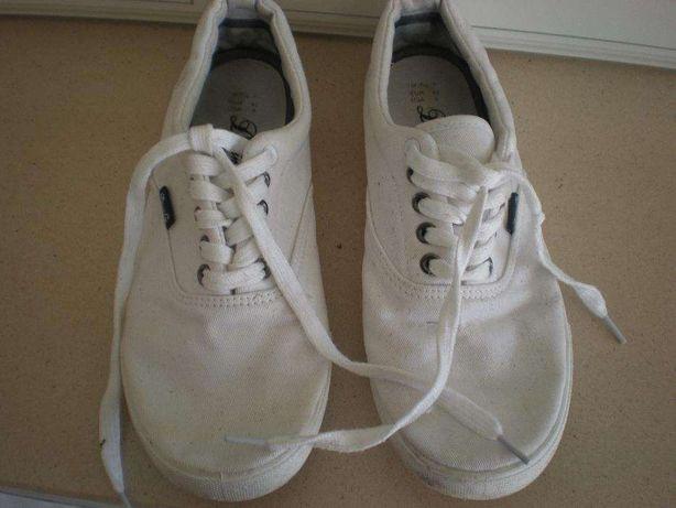 Sapatilhas brancas 42
