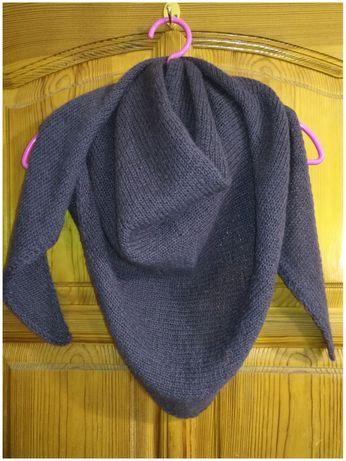 Бактус шаль платок вязанный. Ручная работа.