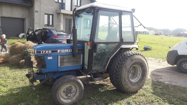Ford1720/New Holland 4x4 28KM
