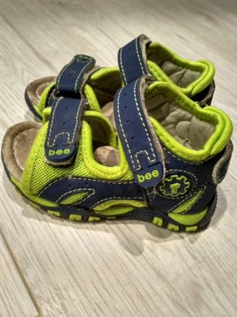 Босоножки сандалии сандалики размер 20