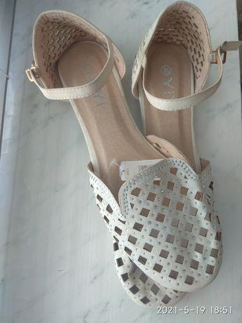 Балетки, туфли, мокасины  перфорация, сетка