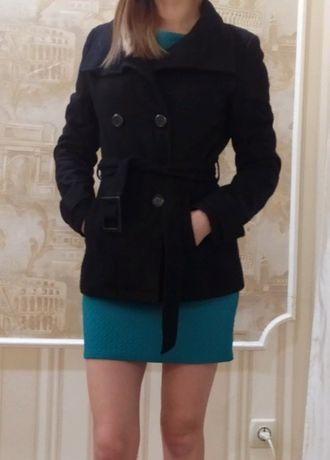 Пальто, размер S, без дефектов. 500 руб.
