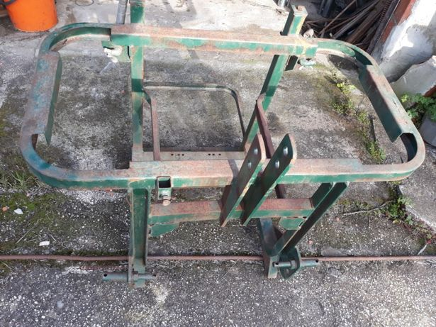 Chassi usado para deposito rocha 300 litros