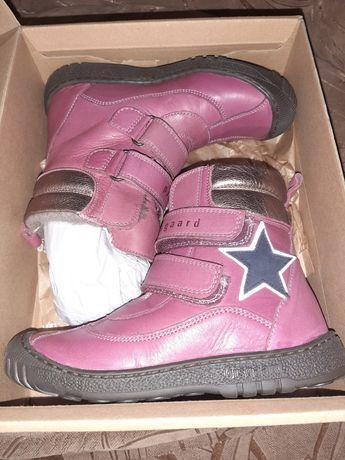 Срочно Новые зимние ботинки Bisgaard  geox froddo 33 p (Португалия)
