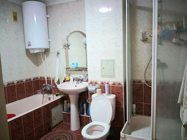 3-х комнатная квартира на метро Черниговская